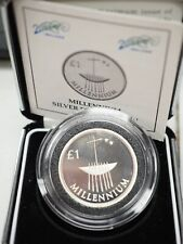 IRELAND: OFFICIAL MILLENNIUM  SILVER PROOF ONE POUND COIN 2000. IN DISPLAY CASE.