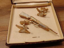 RARE VINTAGE Swank gold and mother of pearl shot gun tie clip & ducks, LOT 102