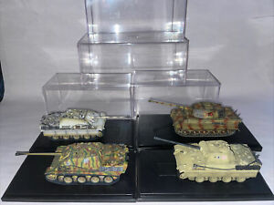 Dragon Models lot of 4 tanks w/ cases 1:72