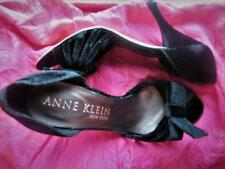 ANNE KLEIN SHOES BLACK VELVET CLASSY PUMPS WITH BOW! SIZE 8 M/38 !MADE IN ITALY