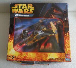 NEW 2005 AMT STAR WARS JEDI STARFIGHTER MODEL KIT No.38314
