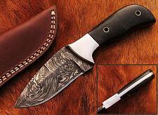 Beautiful Damascus Handmade Hunting Knife with Black Micarta Handle (W29)