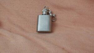 Miniature 1oz hip flask keyring
