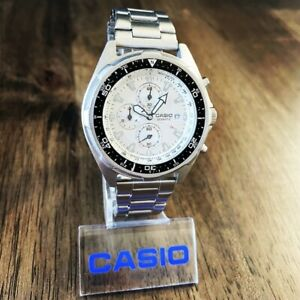 CLEAN Vintage Casio AMW-330 Analog Tachymeter 100M Diver Watch Japan Movement