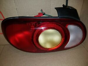 1999 2000 MAZDA MX-5 MIATA DRIVER LEFT TAIL LIGHT LAMP 99 00 OEM