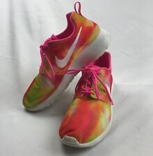 NIKE Youth Roshe One Flight Weight Running Shoes Pink Pow Color Size 7 b7b43d4ca133