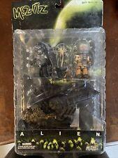 Mezco Mez-Itz Alien Series 1 Prometheus Miniature Action Figure Set - Aliens New