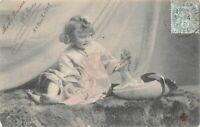 CPA - Fantaisie - Petite fille jouant a la poupée