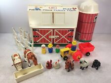 Fisher Price 915 Farm FP 1979-81 Green Base Plastic People Door Moos Read Descri
