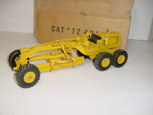 1/24 Vintage CAT #12 Road Grader by REUHL (1950) W/Box! RARE!