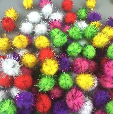 100 Fluffy Craft PomPoms Balls Mixed Colours Poms Weihnachten Lametta festliche