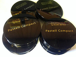 MAX FACTOR BY ELLEN BETRIX PASTELL COMPACT POWDER - CHOOSE SHADE **BRAND NEW**
