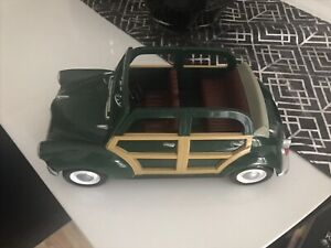 Vintage Toy Sylvanian  Families  Green Morris Minor Car