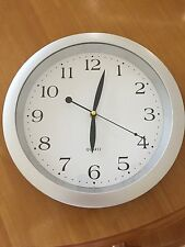 Classic wall quartz clock 1172