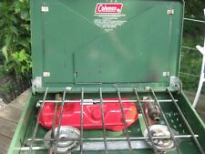 COLEMAN 3 -- 81 MODEL 425 F WORKING - DOUBLE BURNER CAMP STOVE