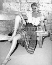 ACTRESS VIRGINIA MAYO - 8X10 PUBLICITY PHOTO (BT185)