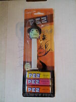 2005 PEZ Glowing WITCH Candy Dispenser On Green Halloween Card UNOPENED