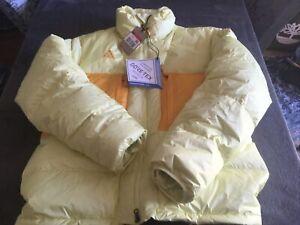 Men's Nike ACG Down Fill Gore-tex Waterproof Jacket Yellow Size Large Brand New