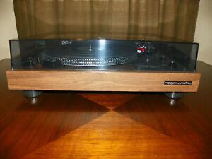 Vintage Realistic LAB-400 Turntable