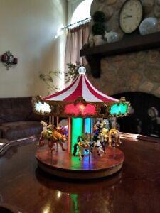 RARE Mr. Christmas GOLD LABEL Animated Musical Shimmer Grand Carousel 30 Songs