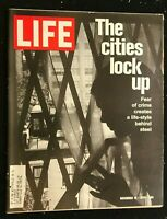 LIFE MAGAZINE - Nov 19 1971 - URBAN CRIME / Piet Mondrian / Midwives / New China