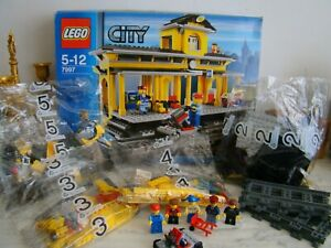LEGO CITY 7997 LA GARE STATION TRAIN EN BOITE