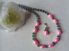 Außergewöhnliche Kette  pinke Perlen Strass gefrostete Perlen grau  UNIKAT
