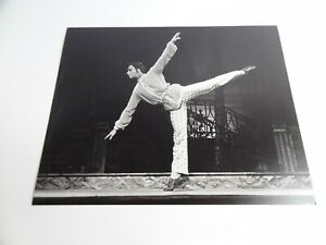 Anthony Dowell - A Month In The Country 8 x 10 Royal Ballet Photograph 1976