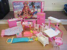 Vintage Barbie Lot.2in1 Skatin' Fun,bedroom,kitchen-sink, cooker, fridge nursery
