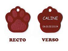 medaille gravee chien ou chat - modele grande patte de chat caline - rouge