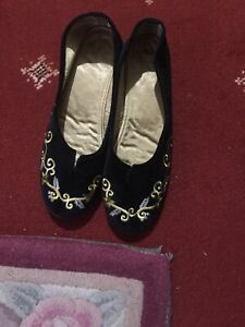 Slippers UK 7 traditional style-GREAT GIFT-FAB COMFORT-BRAND NEW