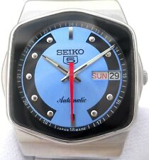 Vintage Japan Seiko 5 Automatic Gorgeous Blue Classic Day Date Mens Watch.