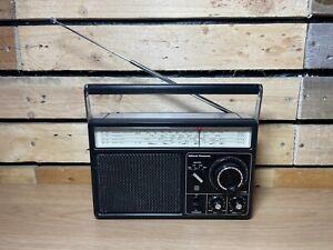 Vintage Radio   National PANASONIC RF-1105LBE    collectable   Working