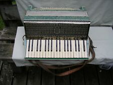 Vintage MADE IN ITALY Accordion w Case / Very Nice Condition