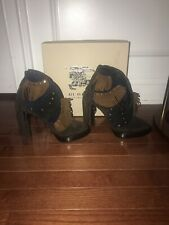 Burberry women ankle booties boots brown suede Runway Lilybell V cut heel 38