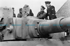 F002518 Heinz Guderian visited a tank unit on the Eastern Front. 1943