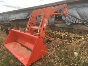 Kubota Tractor LA1854 Front End Loader With Brackets And Valve