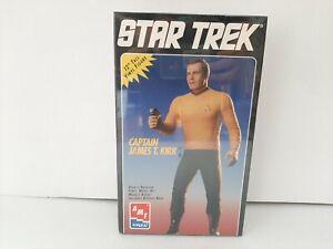 """NEW AMT ERTL STAR TREK 12"""" CAPTAIN JAMES T KIRK VINYL MODEL KIT #8773 1994! a35"""