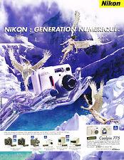 PUBLICITE ADVERTISING 065  2001  NIKON  appareil  photo COOLPIX 775
