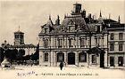 CPA Valence - La Caisse d'Epargne et la Cathedrale (369429)