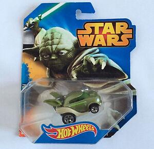 Hot Wheels CGW40 Star Wars Disney Yoda Character Car (Damaged Pakaging)