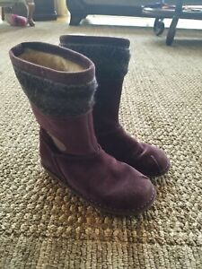 CLARKS sz 11.5 purple boots winter warm SOOO CUTE!..