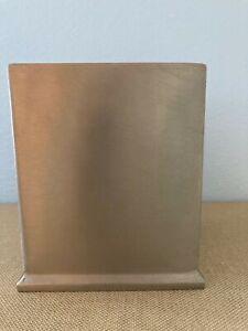 Stainless Steel Brushed Nickel Silver Kleenex/Tissue Box Holder EUC