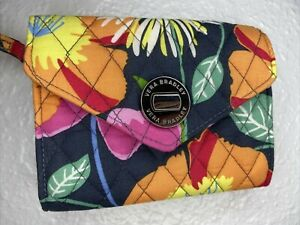 "Vera Bradley - Turn Lock Wristlet - Jazzy Blooms - ""Your Turn Smartphone"" Bag"