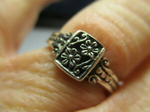 STERLING SILVER BRAND NEW PETITE FLOWER BOUQUET CAVIAR BAND RING SIZE 10 NWT