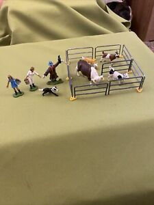 Britains Farm Metal Fencing, Goats, Hereford Bull And Farm Workers Ect 1/32