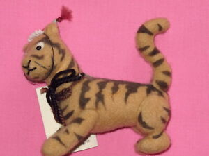 "R. John Wright - Winnie the Pooh Series - Tigger 4"" Felt Doll"