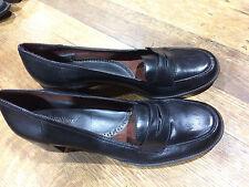 "Naturalizer Black Leather Loafers Block Heel (1 1/4"" hi) Worn Once Size 8.5M"