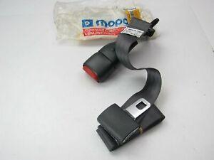 NEW - OEM Mopar 5FF531AZ 2nd Row Inner Left Side Seat Belt & Buckle AGATE