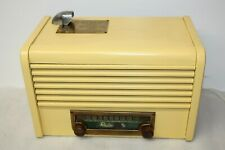New ListingRare Yellow 1940's Radio Matic 25 Cents Coin Pay Hotel/Motel Radio Working
